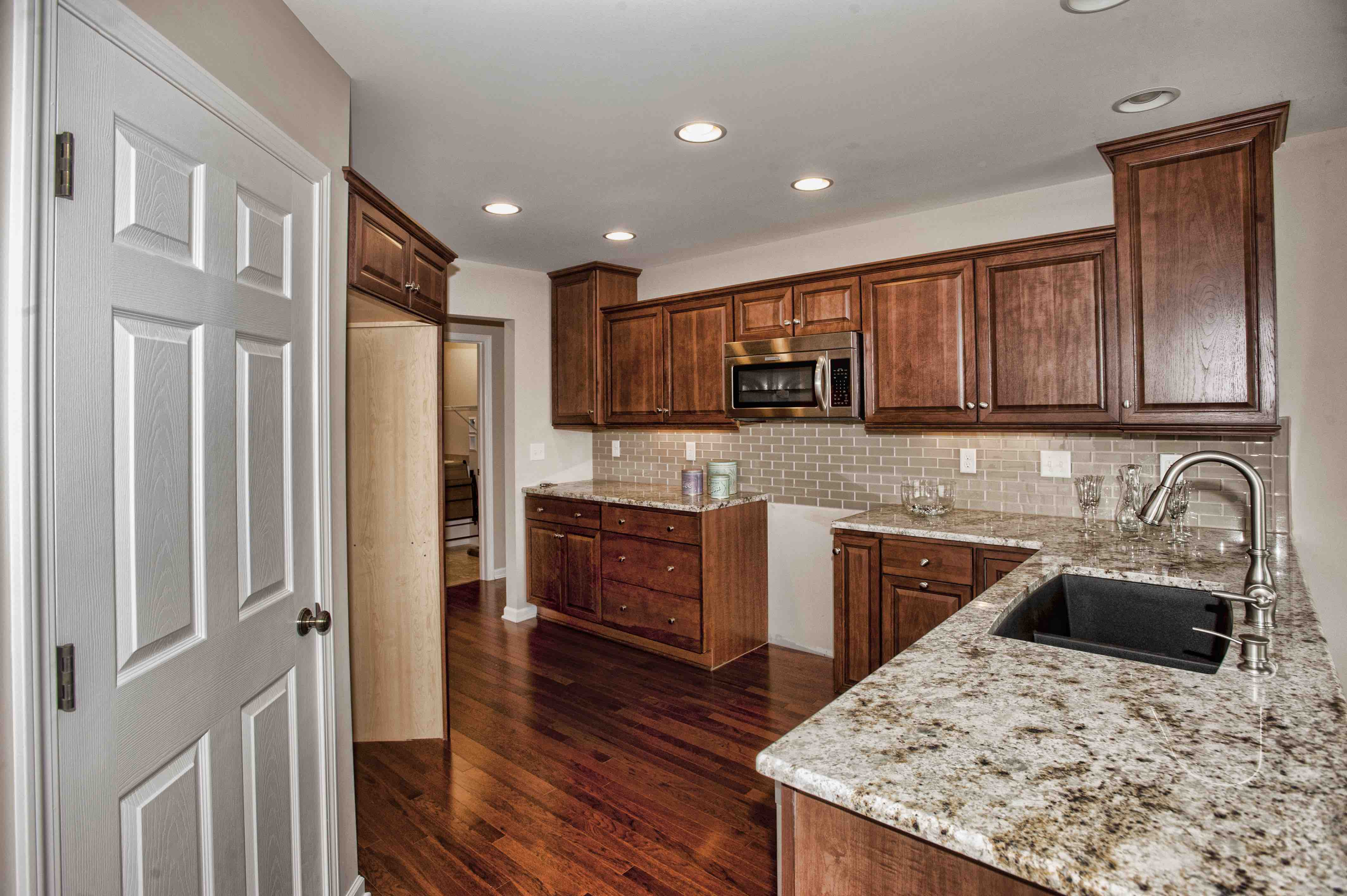 Kitchen Snack Bar Featured Home The Hollows East Is Exclusive And Convenient