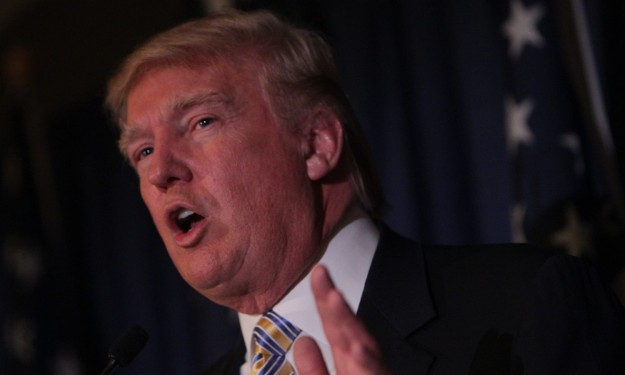 Donald Trump insists he's not fooling around, Bills interest is real