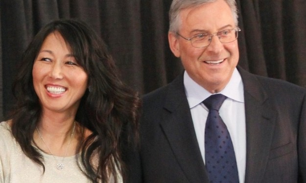 Pegulas closely watch developments in Bills sale