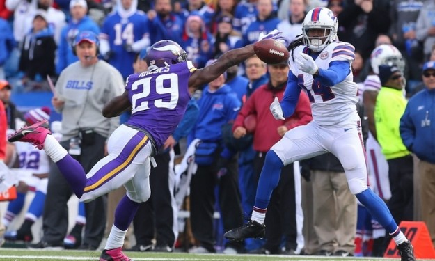 Watkins turns on the electricity for Bills