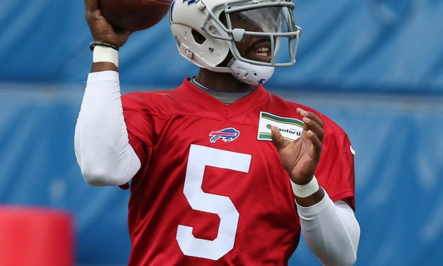 Taylor sees opportunity in crowded QB field