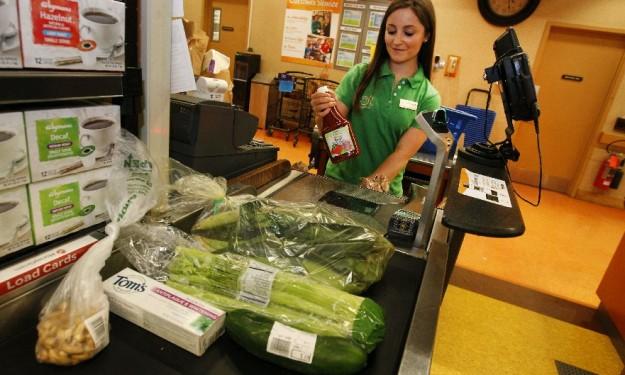 Syracuse University student's summer focused on healthy eating, living