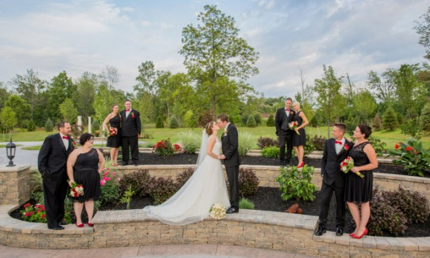 Get Great Outdoor Wedding Pictures!