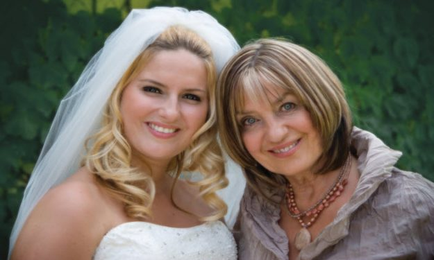 Fresh Style Tips For The Mother of The Bride!