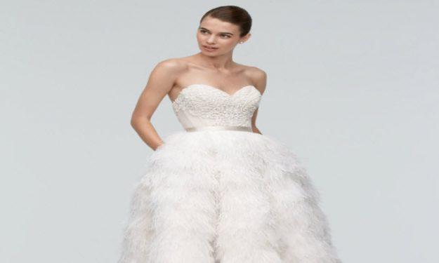 Soaring Wedding Style: Feathers!