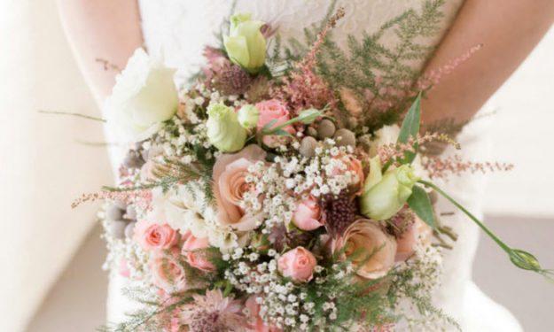 Merry & Bright - Winter Wedding Flowers