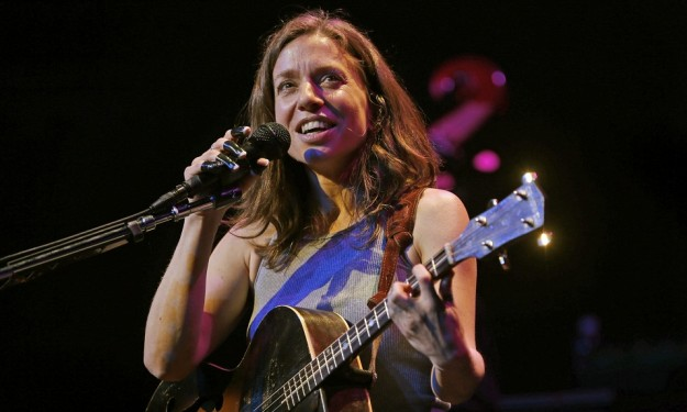 Ani DiFranco to release new album in October