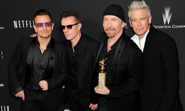 U2 gifts new disc to fans on iTunes