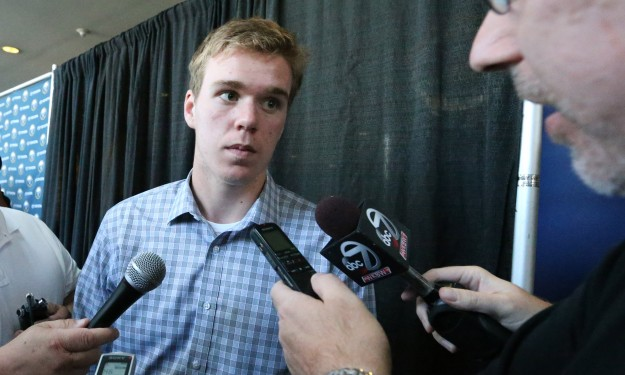 McDavid to play OHL game in Buffalo Oct. 22, says city 'would be an awesome spot to play' as NHL draft pick