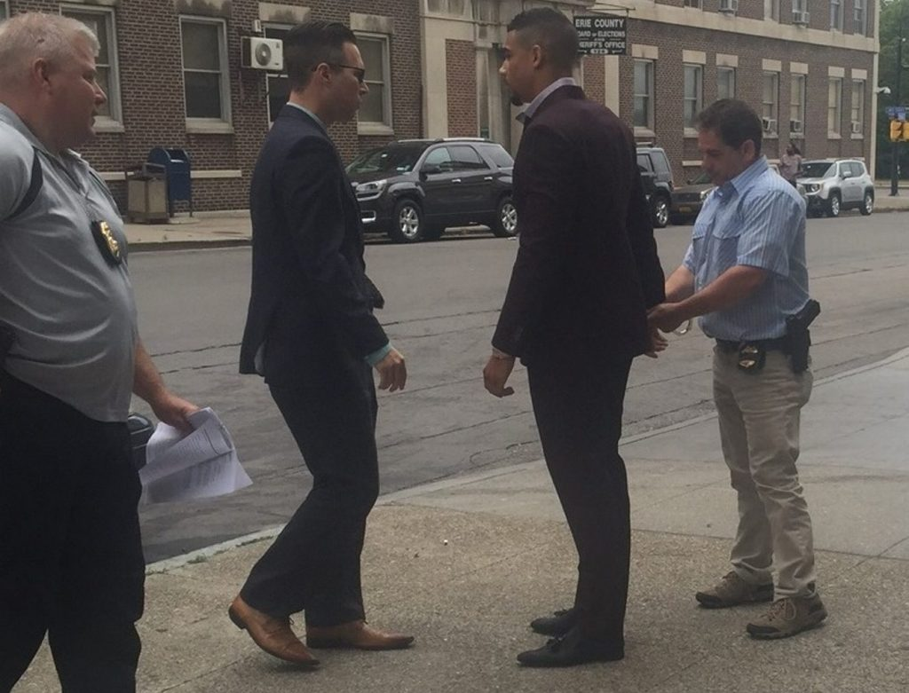 Sabres' Evander Kane officially charged with trespass, non-criminal harassment